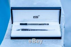 Montblanc Rubber Grip Starwalker Pen with Extra Rollerball Refill & Case (8856)